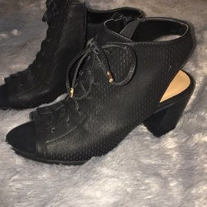 Black tie up booties
